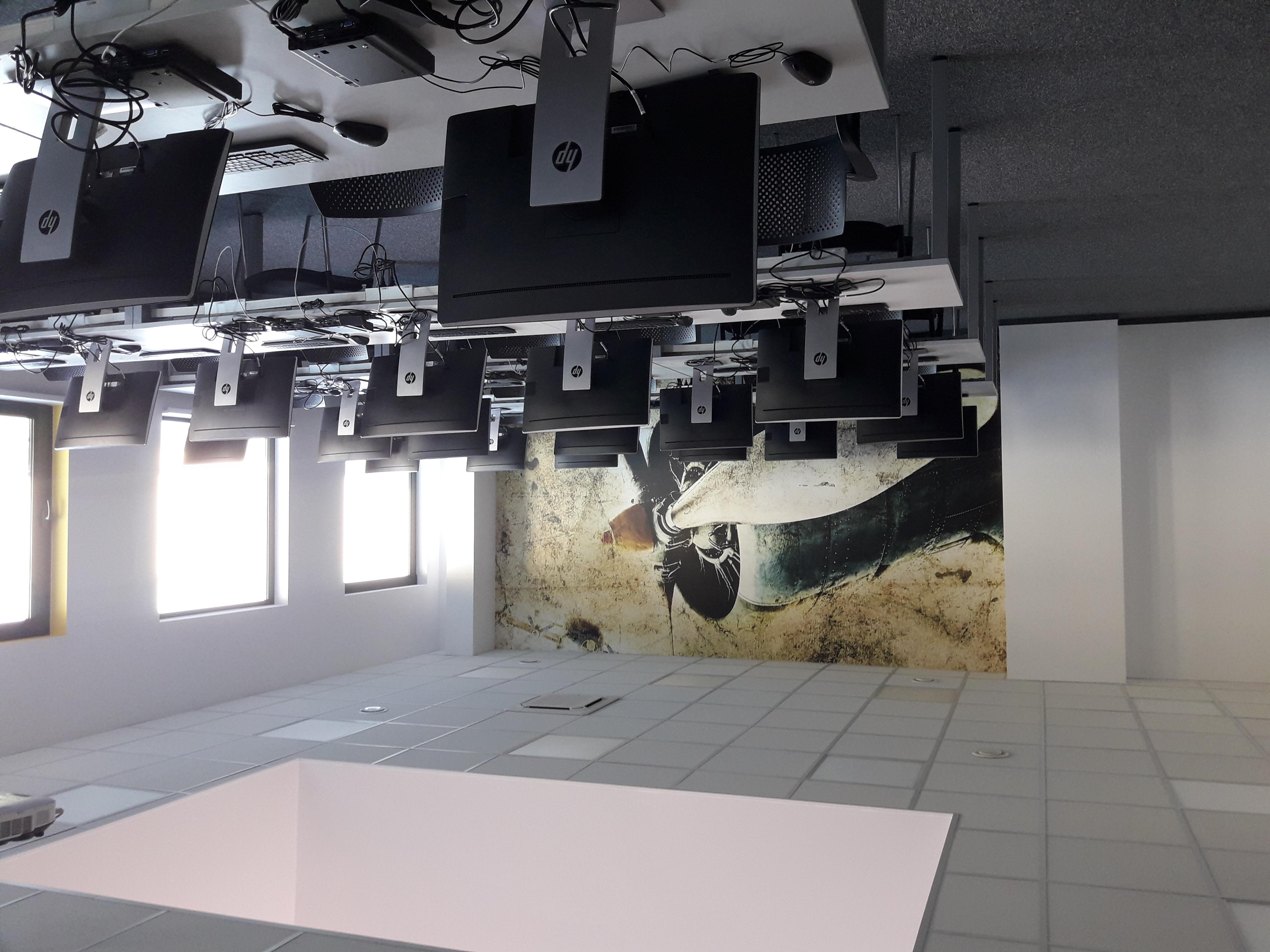 realizacja-fototapety-dla-xeos9.jpg